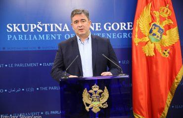 Crna Gora: Medojević smatra da je Vlada napravila katastrofalan propust