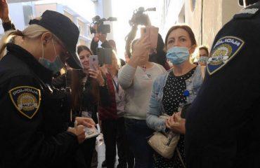 Hrvatska: Građani nastavljaju s protestima, Vlada ne odstupa